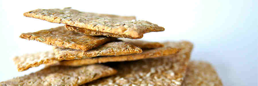 Pack A Snack: 9 Easy And Healthy Baked Snack Ideas
