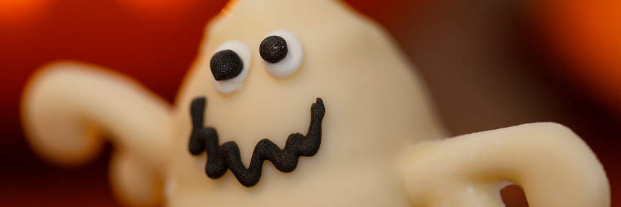 12 Spell-bindingly Simple Halloween Party Food Ideas